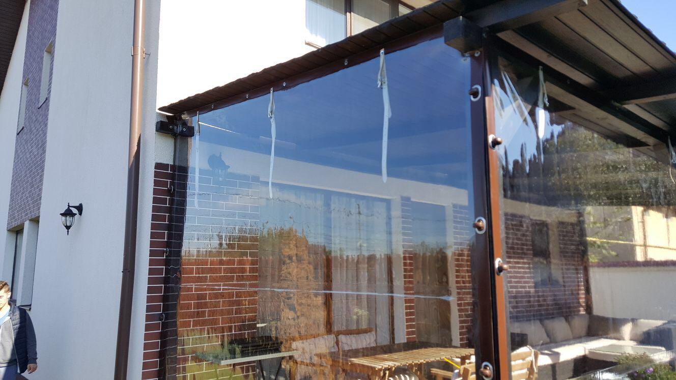 Inchidere terase cu plastic transparent